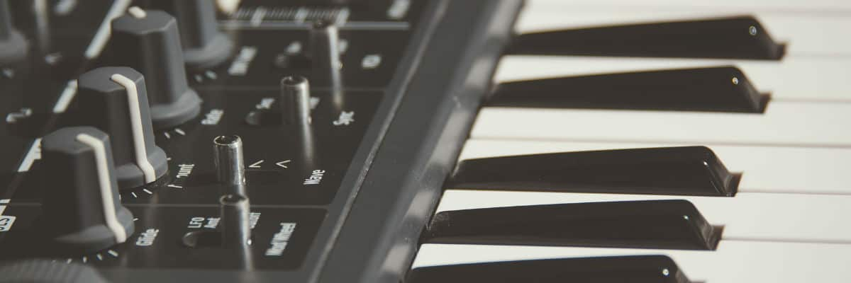 THE Top 10 Best Selling MIDI Controllers in 2019