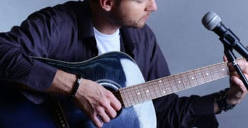 How To Record Your Acoustic Guitar and Vocals (At The Same Time)