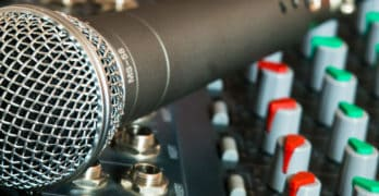 The Ultimate Guide To Recording Studio Microphones: Types, Specs And Uses