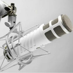 Rode Podcaster Mic White