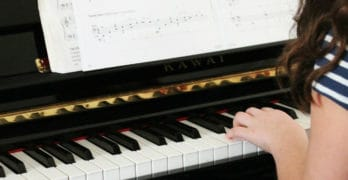 Sight Reading Software:  Learn to Read Piano Music On Sight and Improve Your Skills